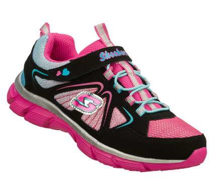 Chasing her wishes gets even easier with the SKECHERS Lite Dreamz - Big Dreamz shoe.  Smooth trubuck leather and mesh fabric upper in a slip on bungee laced sporty casual sneaker with stitching and overlay accents. - $40.00