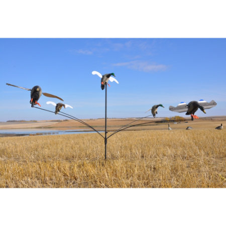 Hunting Mallard Motel Decoy Tree