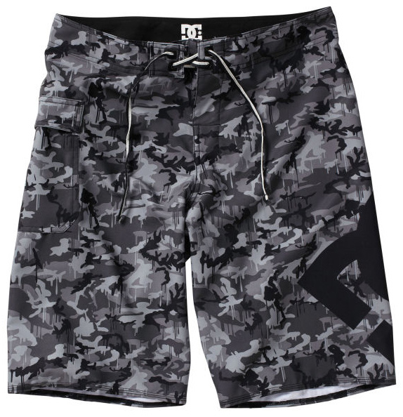 "Skateboard Key Features of the DC Lanai Boardshorts: 4 Way stretch mechanical stretch Engineered print Embroidery eyelets Deluxe dobby neo fly Seamless side seam panels Custom trim 22"" 100% Polyester - $28.95"