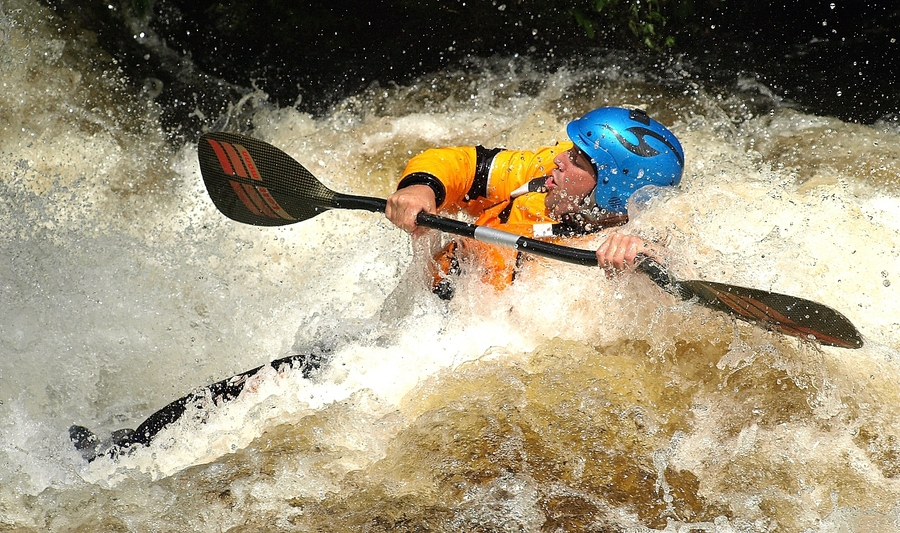 Kayak and Canoe Heavy Whitewater
