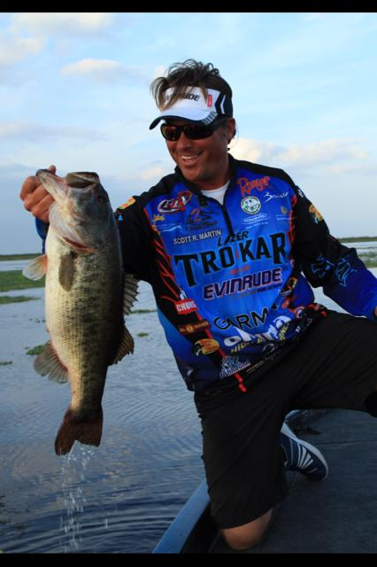Fishing Scott Martin will be in the Lazer TroKar booth today at the Bassmaster Classic. Ask Scott for a free Lazer Trokar shirt. (Limited to first 50 people)