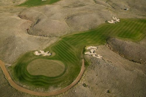Golf Sutton Bay, South Dakota.  Golf, Hunt and Fish - all at the same location.