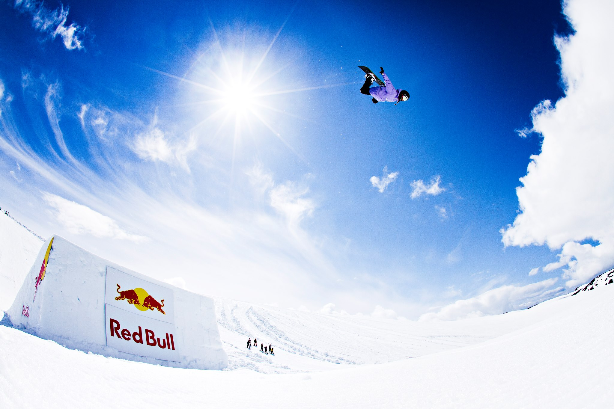 Snowboard Red Bull