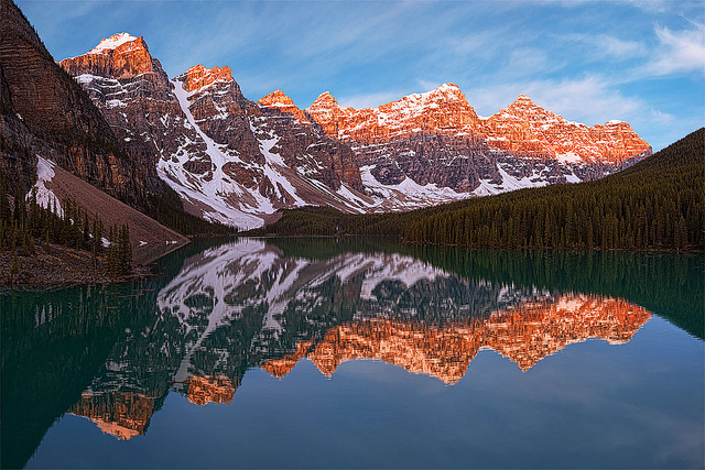 Camp and Hike Lake Moraine Sunrise, Banff Alberta Canada