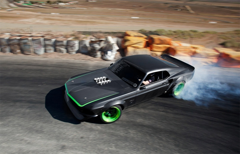 Auto and Cycle mustang drift