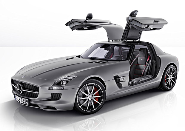 Auto and Cycle 2013 Mercedes-Benz SLS AMG GT with 600 hp, duel clutch 7-speed and butterfly doors...makes you forget about their mundane models