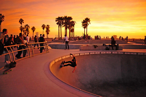 Skateboard Sunset Bowl…
