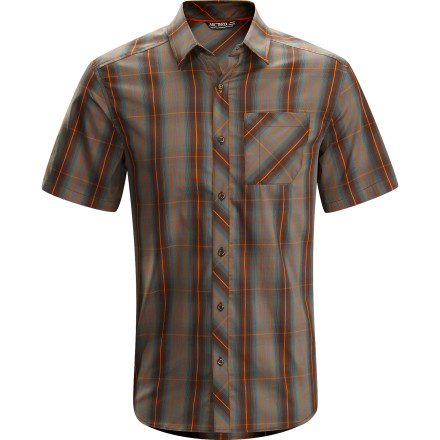 Camp and Hike The Arc'teryx Men's Pathline Short-Sleeve Shirt lays down a laid-back, casual vibe that looks good whether you are hosting a backyard barbeque or headed out for a weekend camping trip with the family. The lightweight fabric is comfortable all day long and in a wide variety of conditions so you stay comfortable wherever you wander. - $74.95