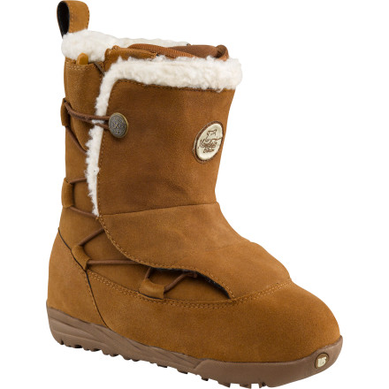 Snowboard The Burton Women's Memento Boot truly blurs the lines between magnificent style and practical functionality. With the vibe of an aprs boot and the support of a during boot, the Memento doesn't have to wait until the day is over and done in order to get fabulous. - $137.97