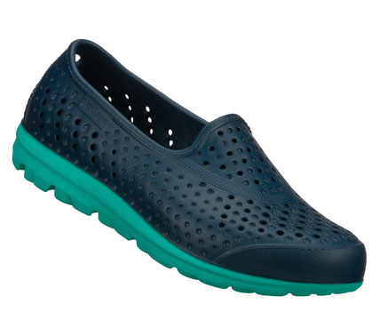 Make a big splash of sporty fun with the Skechers H2GO shoe.  Sculpted one piece Hydro Foam upper in a slip on sporty casual water shoe with sculpted details and GO inspired sole. - $35.00