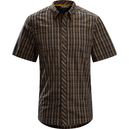 The Arc'teryx Ridgeline Short-Sleeve Shirt looks like a relaxed, chill shirt that you could wear to the office. But underneath that laid-back exterior, this shirt packs in details like an articulated fit and hybrid fabric so it's geared for adventure, just like you. - $84.95