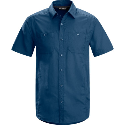 Camp and Hike Arc'teryx Ravelin Men's Short-Sleeve Shirt - $68.95