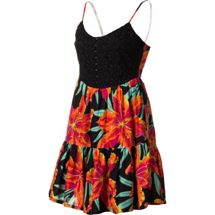 Surf The Billabong Women's Snake Bite Dress mixes the sultry, boudoir feel of a bodice top and the vivacious, outgoing vibe of a flowing tropical skirt. The result is a dress that is sexy, sassy, and ready for anything from a candle-lit dinner to a spring-break beach party. - $43.16