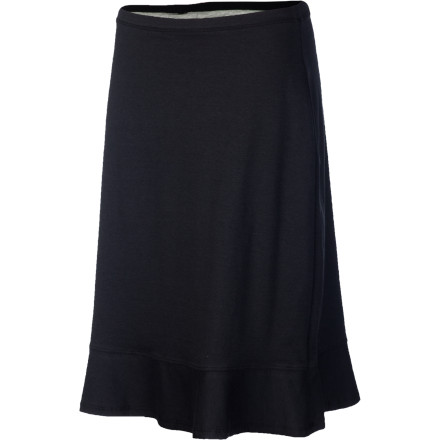 Pack the Horny Toad Women's Winsome Skirt for your roadtrip or overseas travels. This fully reversible skirt with A-line cut and bias-cut flounce hem provides versatility and comfort during your sightseeing adventures. - $58.95