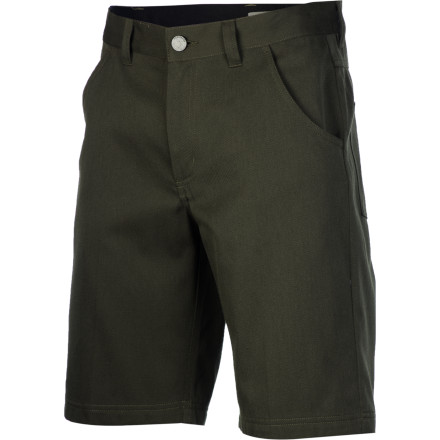 Whether you're headed to the backyard or tropical Bali, pull on the Icebreaker Men's Escape Short when you need to get away. The lightweight blend of merino wool and cotton keeps you comfortable in warm weather, and the hem stops just below mid-thigh for a travel-savvy look. - $119.95