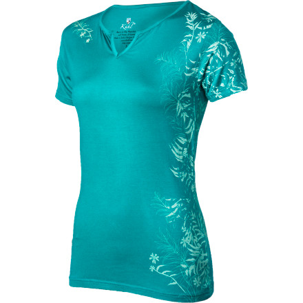Sometimes, it's the small things in life that bring you the most joy like sliding into a soft, intensely comfortable top like the K 1/4hl Women's Ivia Short-Sleeve Shirt. The touchably soft fabric will make your skin happy while the subtle print will make your eyes happy too. - $44.95