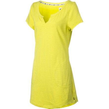 Surf The Roxy Women's Cute Dress serves school-girl style up with a big dose of color. Rock this T-shirt dress with some knee highs and a whole lot of sassyou'll get perfect grades and you'll never have to study. - $40.05