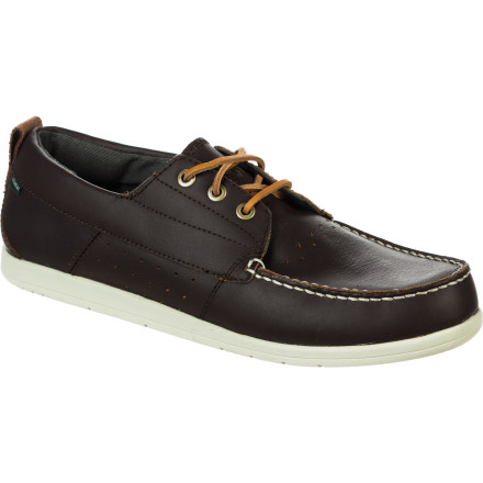 Skateboard The loafer-inspired Element Seabrook Shoe helps you class it up without looking like a kook. A full-length EVA midsole and viscose-from-bamboo lining keep your feet feeling good while you try to sneak into the yacht-club bar. - $59.96