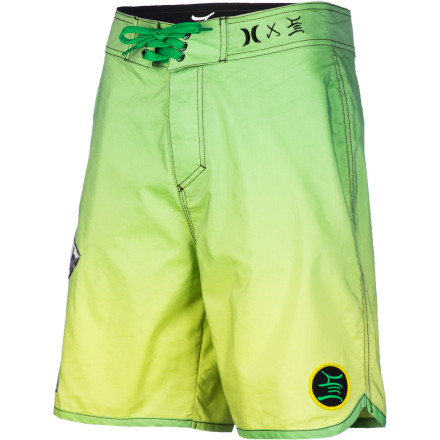 Surf The Hurley Mens' Stec Board Short throws down with a bold, bright look that will look good whether you're chillin' by the pool or charging rollers off the coast of Hawaii. Smart construction keeps you comfortable so you can play all day. - $38.47
