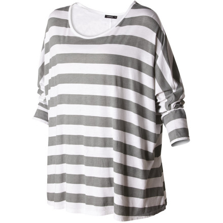 Surf Subtle sporty stripes and a smooth, cool, drapey quality give the Nixon Women's Let Loose Shirt undeniable style and allure. Its relaxed fit and three-quarter sleeves exude a contagious carefree attitude. Worn with leggings and boots  or a mini and sandals, this versatile top will bring the easy funk. - $32.97