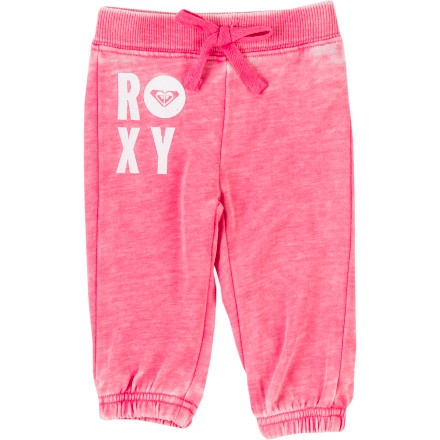 Surf Your tiny rock star will rest easy and in cool-girl style in the supersoft Roxy Infant Girls' Maui Wowie Pant. Cozy fleece and a burnout Roxy applique just like the big girls' will give her plenty of movable comfort, and cotton-polyester construction make this go-to pant everyday easy. - $36.00