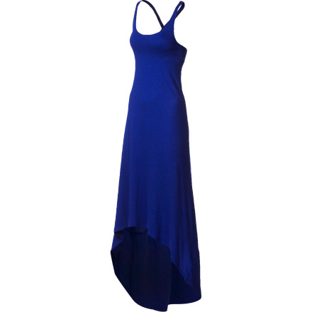 Surf Slip into the Roxy Women's Poppy Lights Maxi Dress, pour yourself a cold ice tea, and spend the afternoon wafting around the yard pretending that you're on the beach, or you could just actually go to the beach. Either way, this flowing maxi dress catches every breeze while wrapping you in soft touchable fabric. - $43.60