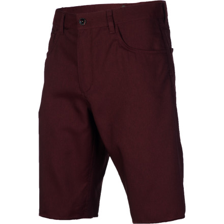Surf The Vans V56 Standard Surf-N-Short combines wear-anywhere walkshort styling with the quick-drying, easy-moving performance of stretch polyester fabric. Go straight from the beach to the bar without missing a beat. - $38.12