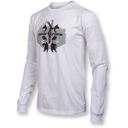 Entertainment Enjoy great design and total comfort during your time off the trail in the soft, natural fabric of the Pearl Izumi Long-Sleeve T-shirt. Made from certified 100% organic cotton for breathable comfort and easy care. Closeout. - $6.73