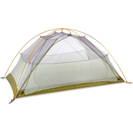 Camp and Hike The Big Agnes Fishhook UL2 is a 3-season, freestanding superlight backpacking tent made without zippers. This not only saves weight but also gives you a totally jingle-free night's sleep! - $219.93