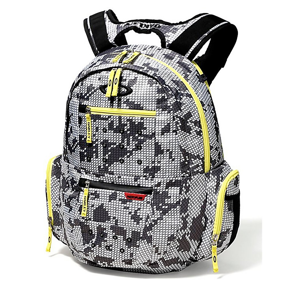 Ski Oakley Arsenal Backpack 2013 - The Arsenal Pack by Oakley is going to be your go to pack for keeping your essentials dry and protected in any conditions you find yourself in. The front side of the pack utilizes two-specialized pockets, one is a fleece-lined sunglass compartment the other is composed of Hydrofuse, keeping your electronics dry and protect from mother nature. The large compartment fit a laptop up to 17 inches in size and is padded. Padding at the shoulders and back allows all day support when your carrying heavy loads. The Oakley Arsenal backpack is your one-stop shop for carrying your gear safely. Features: Fleece lined pocket for eyewear storage, Hydrofuse pocket to protect electronic gear, Side zip pockets with exterior mesh pockets for quick access storage, 19L x 14W x 7D inches, Zip main compartment with padded 17 inch laptop sleeve for spacious storage. Category: Backpacks, Number of Pockets: 5+, Material: 100% Polyester, Gear Volume: 35L, Laptop Sleeve: Yes, Laptop Size: 17in, Sunglass Pocket: Yes, Recommended Backpack Use: Travel, Model Year: 2013, Product ID: 303837 - $85.00