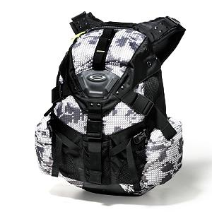 Ski Oakley Icon Pack 3.0 Backpack 2013 - When out for the day and everything you need has to travel on your back, the Oakley Icon 3.0 Backpack is the ideal choice for such adventures. Durability and specialization define the Icon Pack 3.0, the high capacity, high performance choice for athletes who push the limits everyday. Structured top compartment allows for easy storage and protects media players and sunglasses from impacts with a soft brushed interior liner. The exterior of the Icon 3.0 is a tough nylon that resists abrasions and water while lending a lightweight benefit to the all types of adventures. Made with the unpredictable day in mind, this updated version of the Icon Backpack provides the functional storage and sleek lines that demanding excursions require. Features: Mobile phone holster on shoulder, Abrasion resistant bottom for durability. Category: Backpacks, Hydration Compatible: Yes, Number of Pockets: 5, Gear Volume: 32L, Laptop Sleeve: Yes, Laptop Size: Up to 17 Inches, Sunglass Pocket: Yes, Recommended Backpack Use: Daypack, Model Year: 2013, Product ID: 303834 - $150.00