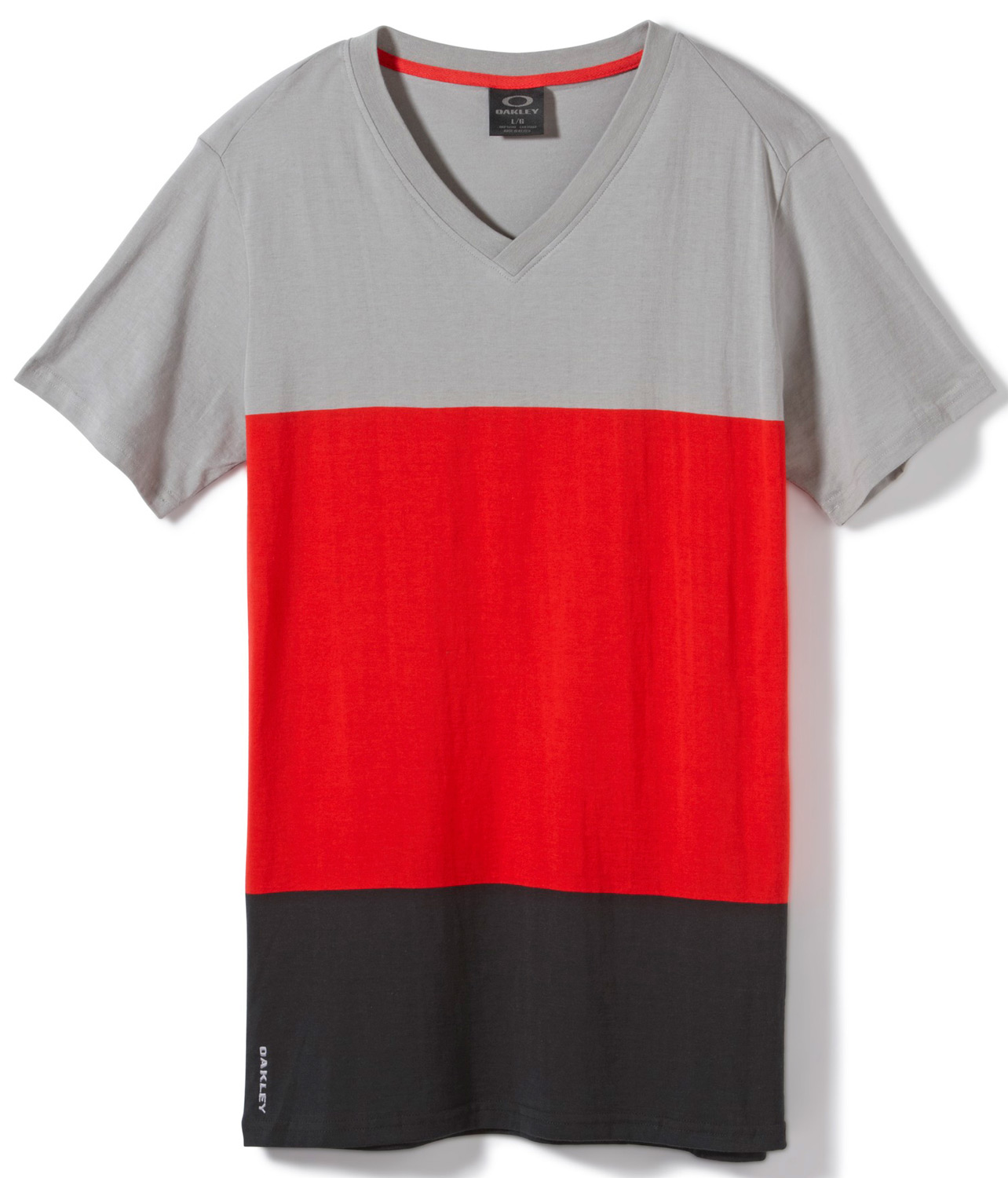 Yarn-dye V-neck color block knit with logo embroidery.Key Features of the Oakley Mudskipper V Shirt: 100% Cotton - $21.95