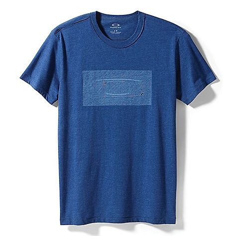 Oakley Men's Ollusion Tee DECENT FEATURES of the Oakley Men's Ollusion Tee Heather crew neck tee with burnout graphic 50% Cotton, 50% Polyester Hybrid Fit: A more fitted tee (shoulder 18in. / chest 21in. / length 30in.) - $40.00