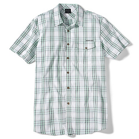 Oakley Men's Transfused Woven Top DECENT FEATURES of the Oakley Men's Transfused Woven Top Yarn dye micro check with button placket Angled chest pocket Front flag and back logo embroidery 100% Cotton Fit: Slim / Regular - $45.00