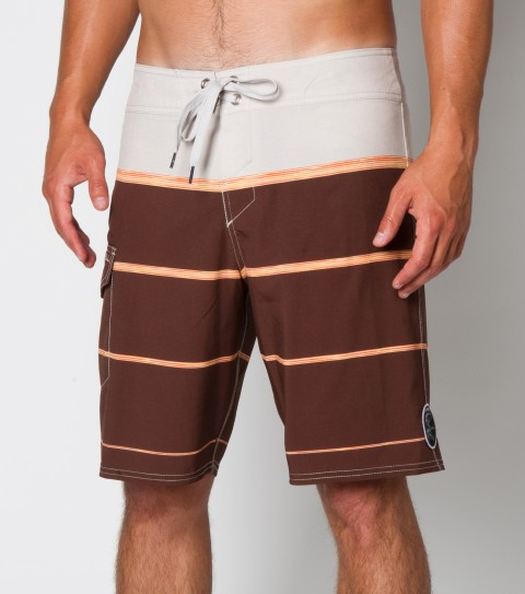 Surf O'Neill Fiesta Boardshorts.  Epicstretch; 19'' outseam features engineered printed boardshort with super fly 2.0 closure; side cargo pocket; woven patch and embroidered logos. - $36.99