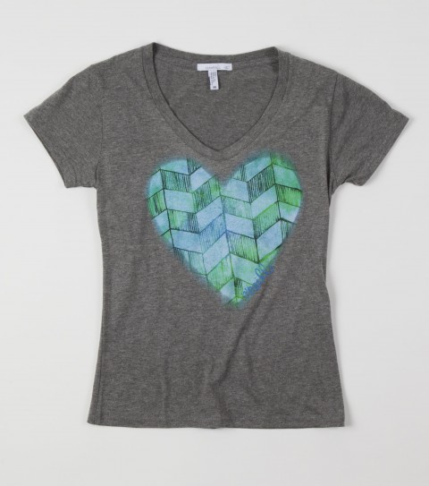 Surf O'Neill Girls Heart Breaker Tee.  60% Cotton / 40% Polyester heather.  V-neck tee. - $24.00