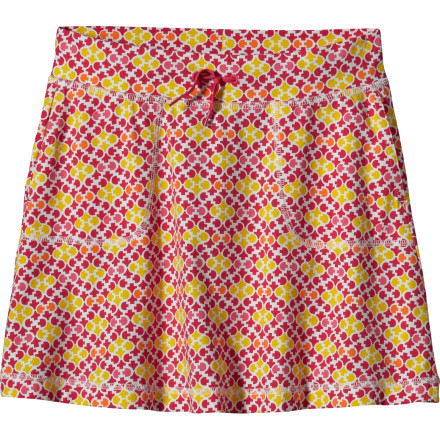 The Patagonia Girls' Tidal Skirt gives your little lady a cool, summery look that is great for lazy weekend days at the beach when there's nothing to worry about but finding enough seashells to fill her pockets. - $29.00