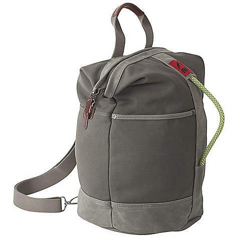 Climbing Free Shipping. Mountain Khakis Utility Bag DECENT FEATURES of the Mountain Khakis Utility Bag Zippered Top Closure Two External Slip Pockets MK Antique Silver Bison Rivets Recycled Climbing Rope Grab Handle Top Single Haul Handle Removable Sling-Style Webbing Shoulder Strap Removable Interior Organization Panel Red Flag MK Label The SPECS Volume: 28.4 liter Dimension: (H x W x D): 18.5 x 12 x 9in. Body: 20 oz Canvas, 18 oz Waxed Canvas Trims: 100% Leather - $124.95
