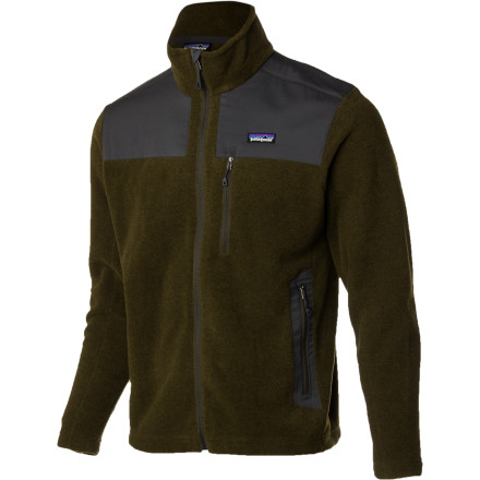 When the first winter winds rumble through town, zip up the Patagonia Men's Finmark Jacket and go right on enjoying the crisp autumn sunshine. The polyester wool blend shields you from the elements while the soft fleece lining helps you maintain the perfect amount of warmth. - $119.95