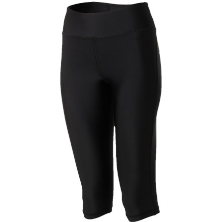 Fitness Liberate your ankles and free your mind. Pull on the soft, light, and stretchy Under Armour Women's Authentic 15in Capri Tights with compression properties to optimize your performance. A body-hugging compression tight lessens fatigue and increases power for take-no-prisoners workouts. And quick-drying, moisture-wicking HeatGear fabric keeps you cool, dry, and comfy during those marathon sessions. - $37.95