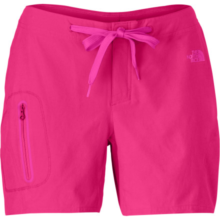 Surf Whether you're paddle boarding at the reservoir, tubing down the river, or hitting the beach for a choice surf session, The North Face Women's Echo Lake Apex Washoe Shorts give you a great look, plenty of room to move, and quick-drying comfort. - $49.95