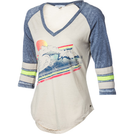 Surf Take your style back to the '70s in the O'Neill Tommy Women's Long-Sleeve Shirt. A baseball shirt-style cut with a slightly faded fabric and neon-colored accents give it a retro look that works just about anywhere. - $35.95