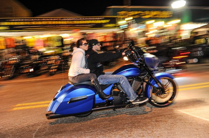 Auto and Cycle Is there any other speed in which to take in Daytona Bike Week? 