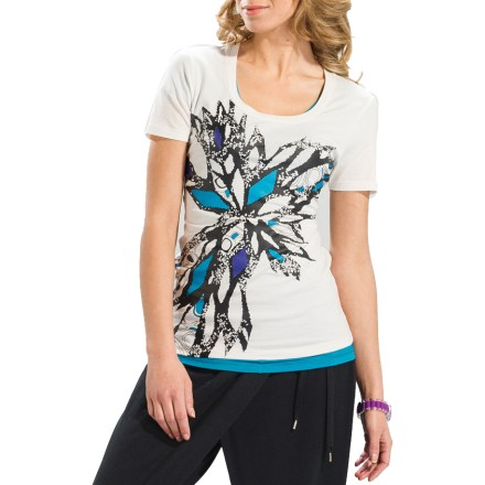Fitness Grace your everyday attire or yoga wardrobe with the Lole Zen T-shirt. Blend of organic cotton, lyocell and elastane is lightweight, soft and stretchy; fabric wicks moisture to keep you cool and dry. Nature-inspired print on the front jazzes up the shirt. Closeout. - $12.73