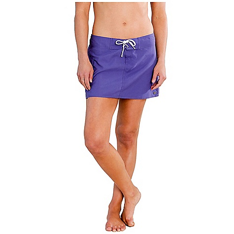 Surf Free Shipping. Carve Designs Women's Paddler Board Skirt DECENT FEATURES of the Carve Designs Women's Paddler Board Skirt 13in. long Semi-fitted through body Lace-up drawstring closure with nylon gusset Side pocket with drainage hole The SPECS 4 oz Brushed Micro fiber 100% Polyester - $53.95