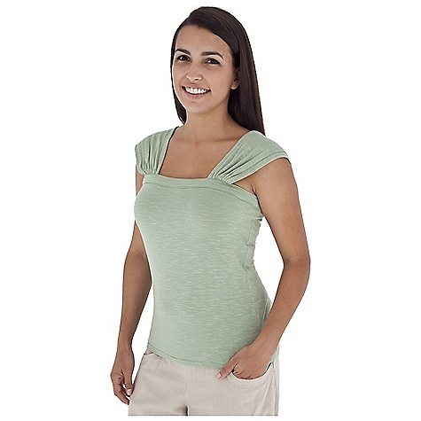 Surf Free Shipping. Royal Robbins Women's Noe Tank DECENT FEATURES of the Royal Robbins Women's Noe Tank Bodice is straight Shoulder straps are soft and wide for adjustability Straight hem The SPECS Regular fit Standard length Fabric: Seaside Slub 5.75 oz 96% Micro Modal Rayon / 4% Spandex Garment washed - $49.95