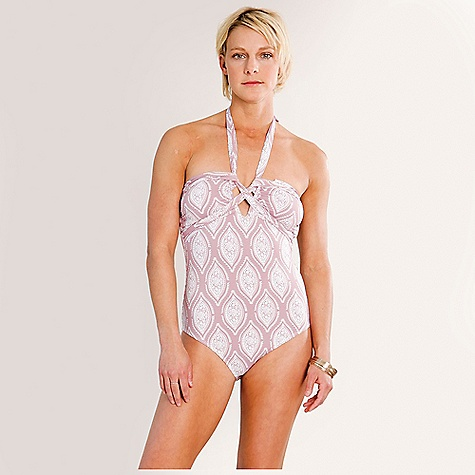 On Sale. Free Shipping. Carve Designs Lara Full Piece DECENT FEATURES of the Carve Designs Lara Full Piece Function: Sun Coverage: Medium Support: Low-Medium Accommodates Cup Size: B, C, D Removable halter strap Removable chest pads - $67.16