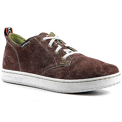 BMX Free Shipping. Five Ten Men's Dirtbag Low Shoe DECENT FEATURES of the Five Ten Men's Dirtbag Low Shoe Designed for skateboarders, BMX riders and anyone who lives to ride Velcro brand closure Split-grain leather toe Comfortable, breathable upper The SPECS Weight: (size 9) 12.66 oz/ 358.8 g ea. Upper Material: Split Grain Closure: Laces - $74.95