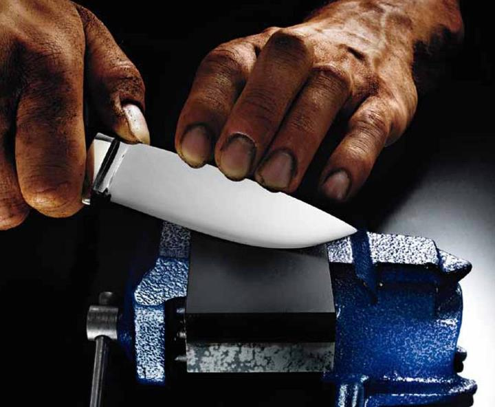 "Entertainment Total Outdoorsman Manual ""Tip of the Day"": 