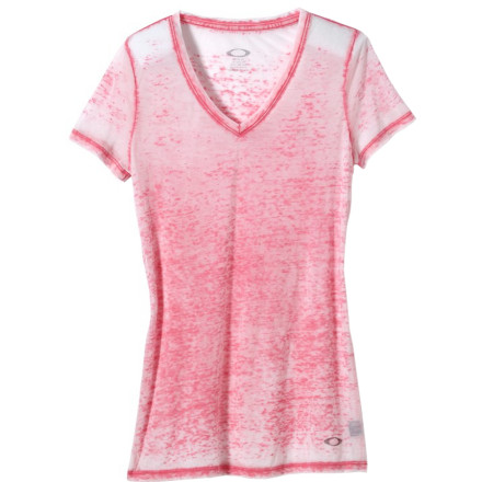 Climbing The Oakley Women's Edgy Shirt sports a casual style and a cool burnout fabric that's just the thing when the temperatures climb and you simply want to chill. - $38.00